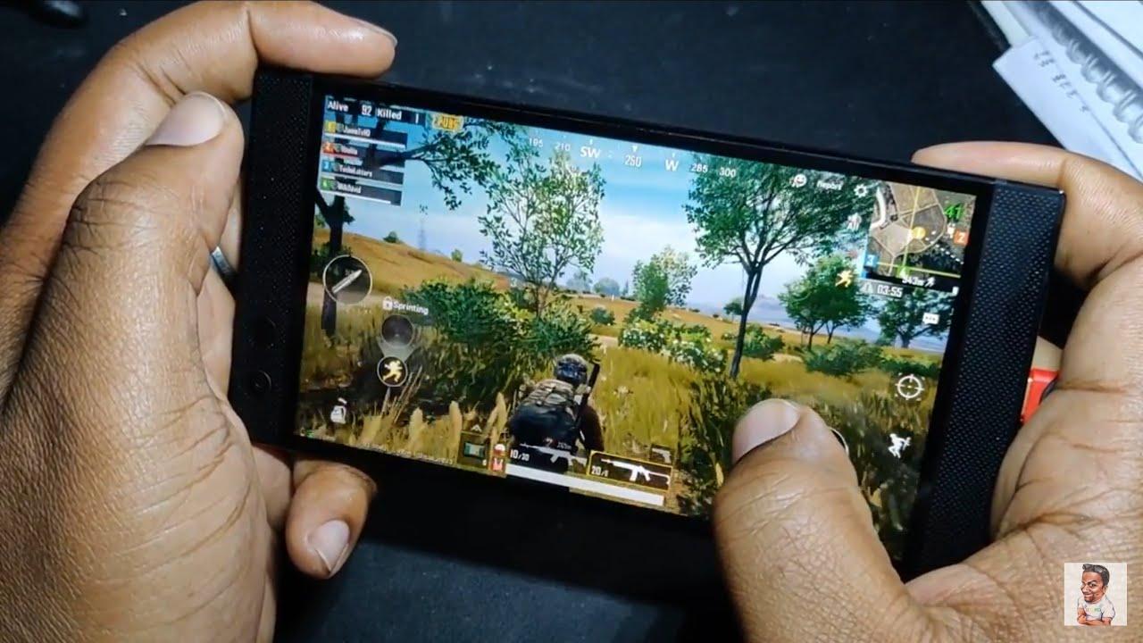 razor-phone-gaming